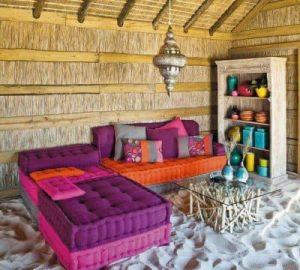 Un amplio sofá chaise longue hecho con cojines decoracion-de-salones, decoracion-jardines Blog Decoracion