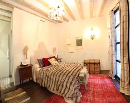 Piso moderno con reminiscencias del pasado en el centro de Barcelona video-de-decoracion, decoracion-dormitorios, decoracion-cocinas, decorar-banos Blog Decoracion