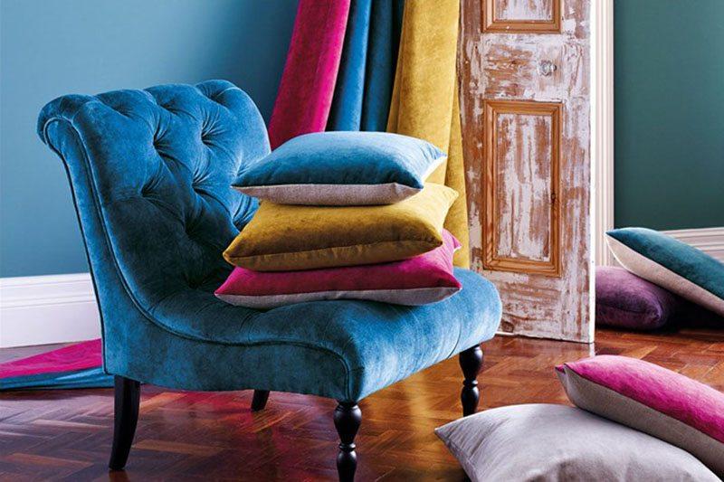 La tendencia del terciopelo en decoración no se detiene: Aprende a cómo usarlo complementos-decoracion-2 Blog Decoracion