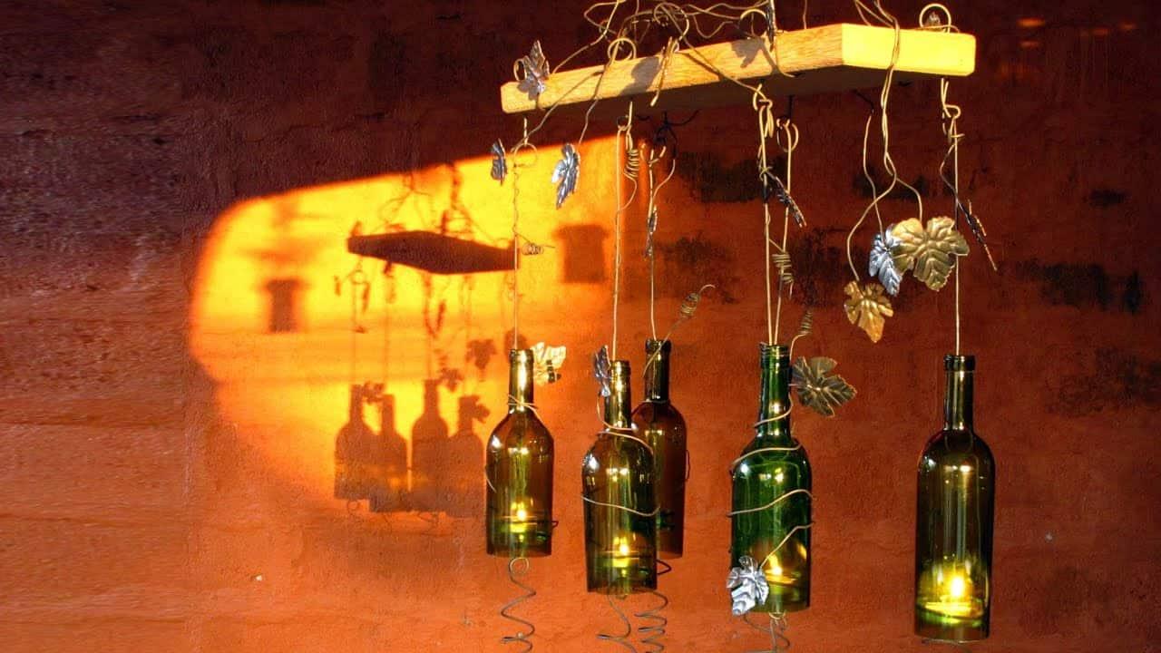 Cómo reutilizar botellas de vino para decorar